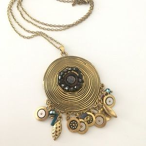 Long necklace with round pendant
